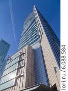 Купить «Здание финансового центра. Варшава. Польша», фото № 6088584, снято 10 марта 2014 г. (c) Андрей Андронов / Фотобанк Лори