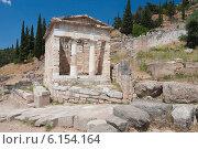 Купить «Святилище Афины Пронайи, Греция», фото № 6154164, снято 28 июня 2006 г. (c) Александр Трофимов / Фотобанк Лори