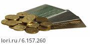 Купить «Пластиковые карты и десятирублевые монеты», фото № 6157260, снято 27 апреля 2014 г. (c) SevenOne / Фотобанк Лори