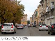 Купить «Улицы Магнитогорска», эксклюзивное фото № 6177096, снято 20 октября 2013 г. (c) Хайрятдинов Ринат / Фотобанк Лори