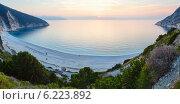 Купить «Sunset on Myrtos Beach (Greece,  Kefalonia, Ionian Sea)», фото № 6223892, снято 5 апреля 2020 г. (c) Юрий Брыкайло / Фотобанк Лори