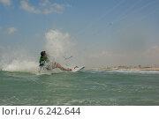 Купить «Кайтбординг на побережье Средиземного моря», фото № 6242644, снято 5 августа 2014 г. (c) Шутов Игорь / Фотобанк Лори