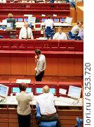 Купить «Floor trading on the Frankfurt Stock Exchange», фото № 6253720, снято 17 мая 2000 г. (c) Caro Photoagency / Фотобанк Лори