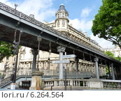 Купить «Париж. Мост Бир-Акейм (Pont de Bir-Hakeim)», фото № 6264564, снято 23 мая 2014 г. (c) Наталия Журавлёва / Фотобанк Лори