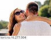 Купить «smiling couple in city», фото № 6277004, снято 23 июля 2014 г. (c) Syda Productions / Фотобанк Лори