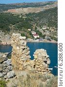 Купить «Руины крепости Чембало, Крым», фото № 6288600, снято 26 июля 2014 г. (c) Ирина Балина / Фотобанк Лори