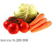 Купить «Свежие овощи на белом фоне», фото № 6289908, снято 12 июля 2014 г. (c) Литвяк Игорь / Фотобанк Лори
