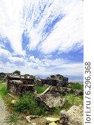 Купить «Иераполис. Памуккале. Турция», фото № 6296368, снято 16 августа 2012 г. (c) Зименков Юрий / Фотобанк Лори