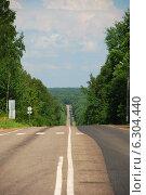 Купить «Автомобильная дорога А-130, Калужская область», эксклюзивное фото № 6304440, снято 20 июля 2009 г. (c) lana1501 / Фотобанк Лори