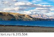 Тибет. Озеро Мансаровар. Раннее утро. Стоковое фото, фотограф Наталья Лихащенко / Фотобанк Лори