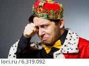 Купить «Concept of king businessman with crown», фото № 6319092, снято 20 мая 2014 г. (c) Elnur / Фотобанк Лори