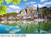 Купить «Река Маас с собором Нотр Дам, Бельгия», фото № 6325008, снято 23 апреля 2014 г. (c) Сергей Новиков / Фотобанк Лори