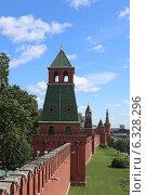 Купить «Московский Кремль. Первая Безымянная башня.», эксклюзивное фото № 6328296, снято 26 августа 2014 г. (c) Алексей Гусев / Фотобанк Лори