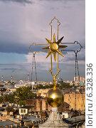 Купить «Крест на куполе Князь-Владимирского собора», фото № 6328336, снято 22 августа 2014 г. (c) Димка Григорьев / Фотобанк Лори