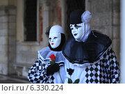 Венецианский карнавал. Маски (2014 год). Редакционное фото, фотограф Ксения Епишенкова / Фотобанк Лори