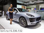 Купить «Porsche Macan Turbo. МMAC 2014», эксклюзивное фото № 6336132, снято 29 августа 2014 г. (c) Сергей Лаврентьев / Фотобанк Лори