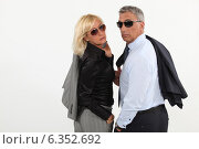 Купить «Couple hitting the town», фото № 6352692, снято 5 мая 2011 г. (c) Phovoir Images / Фотобанк Лори