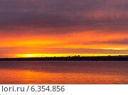Купить «Рассвет», фото № 6354856, снято 3 сентября 2014 г. (c) Зудин Виталий Владимирович / Фотобанк Лори