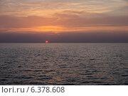 Морской закат (2012 год). Стоковое фото, фотограф Александр Антонников / Фотобанк Лори
