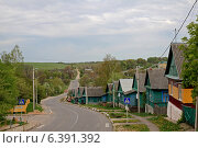 Купить «Улица городского поселка Городище, Беларусь», фото № 6391392, снято 27 апреля 2014 г. (c) Татьяна Грин / Фотобанк Лори