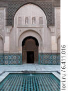 Architecture detail of the Ben Youssef Madrasa, Medina, Marrakesh, Morocco (2012 год). Стоковое фото, агентство Ingram Publishing / Фотобанк Лори