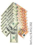Купить «Стрелка из купюр евро и долларов на белом фоне», фото № 6412332, снято 15 ноября 2012 г. (c) Андрей Бурдюков / Фотобанк Лори