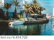 Яхта в заливе (2014 год). Редакционное фото, фотограф Степанченко Екатерина / Фотобанк Лори