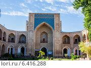 Купить «Ташкент - Медресе Кукельдаш», фото № 6416288, снято 2 июля 2014 г. (c) Мирсалихов Баходир / Фотобанк Лори