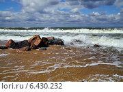 Купить «Штормовая Балтика», фото № 6430232, снято 20 июля 2013 г. (c) Сергей Трофименко / Фотобанк Лори