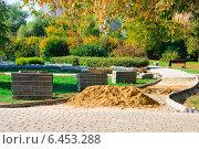 Кладка дорожек из брусчатки в парке (2014 год). Стоковое фото, фотограф Анастасия Козлова / Фотобанк Лори