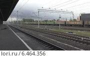 Купить «Товарный поезд», видеоролик № 6464356, снято 30 сентября 2014 г. (c) Звездочка ясная / Фотобанк Лори