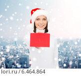 Купить «woman in santa helper hat with blank red card», фото № 6464864, снято 15 августа 2013 г. (c) Syda Productions / Фотобанк Лори
