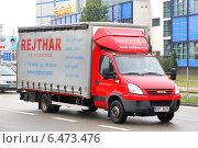 Купить «Грузовик Iveco Daily», фото № 6473476, снято 22 июля 2014 г. (c) Art Konovalov / Фотобанк Лори