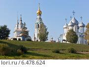 Купить «Вологодские храмы на Соборной горке», фото № 6478624, снято 11 сентября 2014 г. (c) Николай Мухорин / Фотобанк Лори
