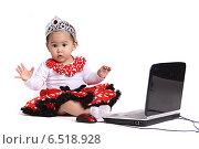Купить «Ребенок  за компьютером», фото № 6518928, снято 28 декабря 2011 г. (c) Наталья / Фотобанк Лори