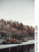 Небольшой порт в Финляндии вблизи г. Миккели. (2014 год). Редакционное фото, фотограф Андрей Гашев / Фотобанк Лори