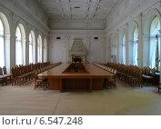 Белый парадный зал (Ливадийский дворец, Крым) (2009 год). Редакционное фото, фотограф Анатолий Киренков / Фотобанк Лори
