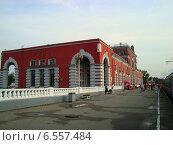 Железнодорожный вокзал (Курск) (2009 год). Редакционное фото, фотограф Анатолий Киренков / Фотобанк Лори