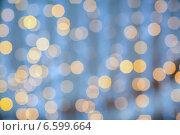 Купить «blurred glden lights background», фото № 6599664, снято 10 сентября 2014 г. (c) Syda Productions / Фотобанк Лори
