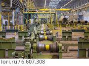 Купить «Линия для прокатки трубопроводов на металлургическом заводе», фото № 6607308, снято 3 апреля 2014 г. (c) Кекяляйнен Андрей / Фотобанк Лори