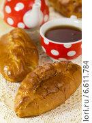 Купить «Пирожки с вареньем к чаю», эксклюзивное фото № 6611784, снято 12 апреля 2013 г. (c) Александр Курлович / Фотобанк Лори