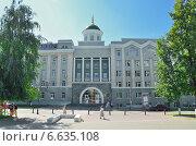 Здание УдГУ. Ижевск (2014 год). Редакционное фото, фотограф Agnes Chvankova / Фотобанк Лори