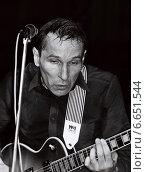 """Петр Мамонов """"Звуки Му"""" (1988 год). Редакционное фото, фотограф Алексей Кузнецов / Фотобанк Лори"""