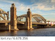Большеохтинский мост, Санкт-Петербург (2014 год). Редакционное фото, фотограф Анатолий Кузнецов / Фотобанк Лори