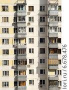 Купить «Жилой дом серии П-3, Москва», фото № 6678476, снято 18 апреля 2014 г. (c) Охотникова Екатерина *Фототуристы* / Фотобанк Лори