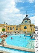 Купить «Купальни Szechenyi bath spa, Венгрия», фото № 6692128, снято 9 июля 2014 г. (c) Ласточкин Евгений / Фотобанк Лори