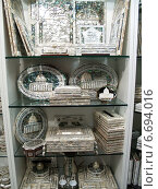 Купить «Сувенирные изделия из перламутра продаются в магазине Иерусалима, Израиль», фото № 6694016, снято 9 октября 2012 г. (c) Ирина Борсученко / Фотобанк Лори