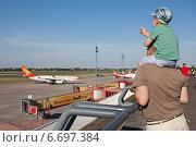 Аэропорт Берлин - Тегель (2014 год). Редакционное фото, фотограф Sofya Demskaya / Фотобанк Лори