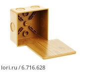 Купить «Открытая распределительная коробка», фото № 6716628, снято 26 ноября 2014 г. (c) Игорь Веснинов / Фотобанк Лори