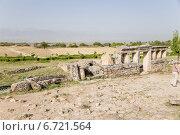 Купить «Турция, Памуккале. Развалины склепа в некрополе Иераполиса, II в. до н.э.  - XV в. н. э», фото № 6721564, снято 27 июня 2014 г. (c) Rokhin Valery / Фотобанк Лори
